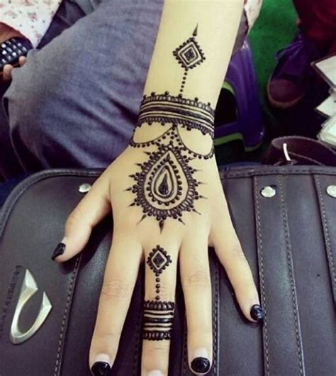 henna tattoo ideas small trending mehndi designs 50 henna ideas for 2018