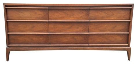 lane mid century 9 drawer dresser mid century modern lane 9 drawer dresser modern chests