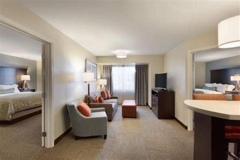 staybridge suites 2 bedroom suite 2 bedroom guest suite picture of staybridge suites