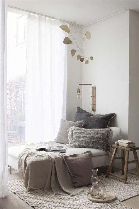 daybed ideas reading nooks cozy decorating ideas daybed 22 small nooks in your home to make you happy digsdigs