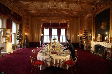 Dining Room Makeover by Windsor Castle Gets A Royal Victorian Christmas Makeover