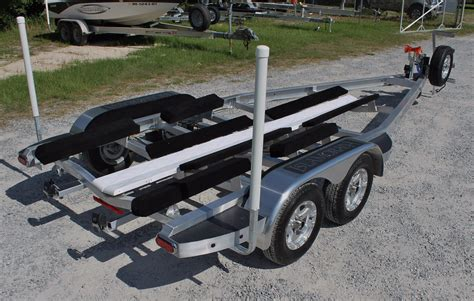 bow of boat bouncing on trailer ameratrail vs continental trailers page 2 the hull