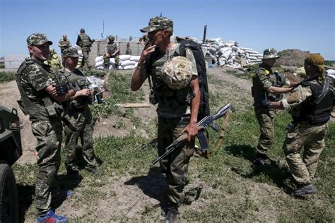 ukraine war ukrainian army brutal firefight with russia how putin ignited a civil war in ukraine