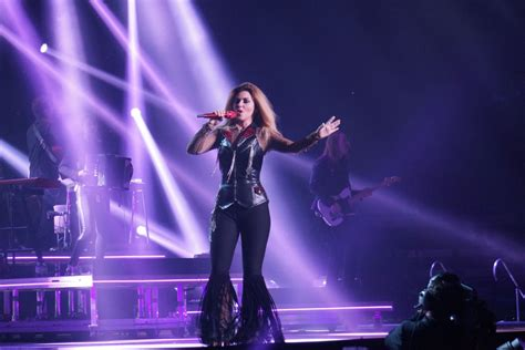 shania twain rock this country 2015 tour hawtcelebs