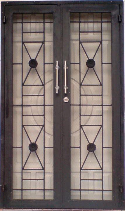 Ranjang Besi Di Batam bengkel pintu besi di batam