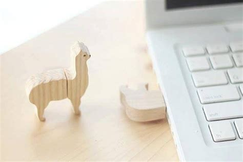 Kawaii Usb Light Up Critters From Sanwa Supply by The Handmade Wooden Animal Usb Flash Drives Gadgetsin