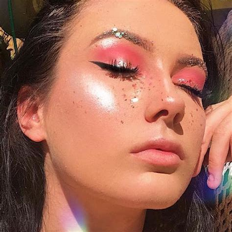 Bio Acne By Azalika Glow try this makeup hack with bio for brighter highlighter