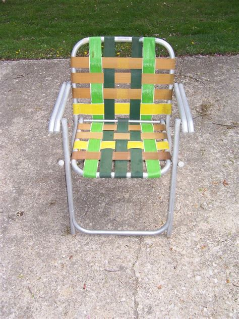 retro lawn chairs vintage lawnlite aluminum folding webbed lawn chair