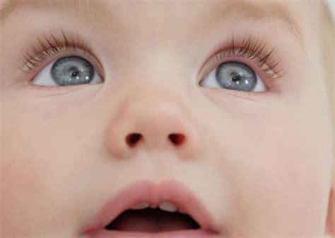 imagenes de ojos verdes bebes 191 de qu 233 color los tendr 225 191 le pasa algo en los ojos