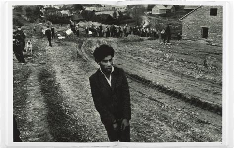 koudelka gypsies josef koudelka gypsies photography book aperture foundation