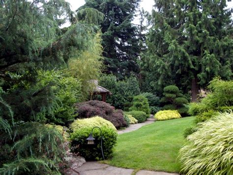 Design Your Own Apartment ideas for individual garden path design a highlight in