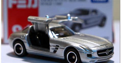 Toyota Wish Tomica Reguler 93 Diecast Miniatur world of tomica トミカの世界 tomica 091 100