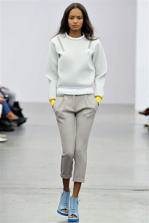 are capri pants still in style 2014 women s capri cropped pants 2014 best catwalk styles