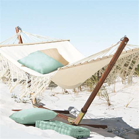 Just It Hammocks 25 amazing outdoor hammocks from all around the world digsdigs