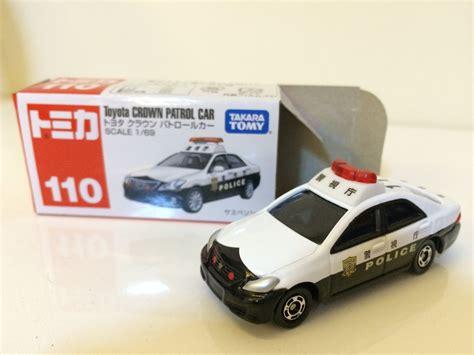Tomica 110 Toyota Crown Patrol Car tomica 110 lotus evora toyota crown patrol car