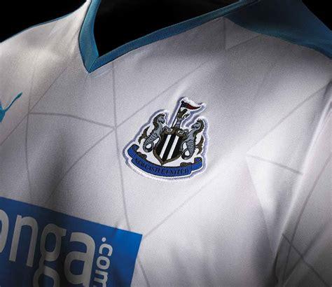 Newcastle United Mini Football Boots newcastle united away kit 2015 2016 footy boots