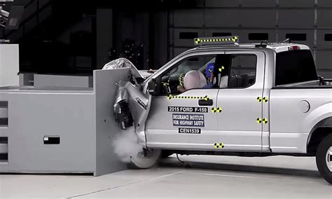 IIHS Small Overlap Impact Test (2015 F 150)   Absolute Rescue