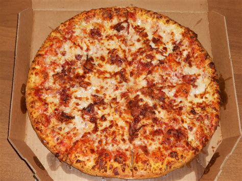 Why A Pizza Pie When Theres A Pizza Pope by This Is The Only Pizza You Should Call A Pizza Pie