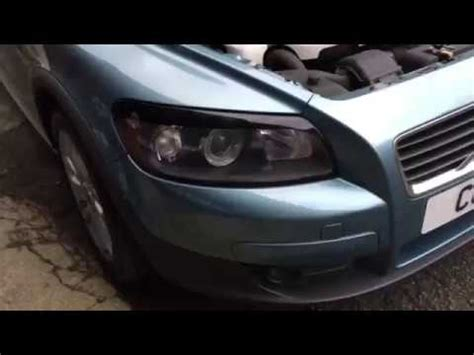 seconds   remove headlight  volvo      replace  bulb youtube