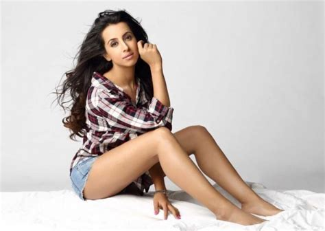 kannada film actress address kannada actress sanjjanaa galrani s nude video from