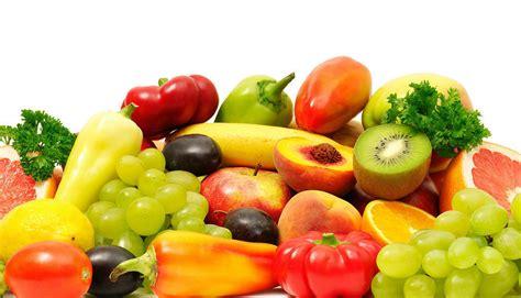alimentazione crudista vegana vegetariani vegani crudisti fruttariani a tavola