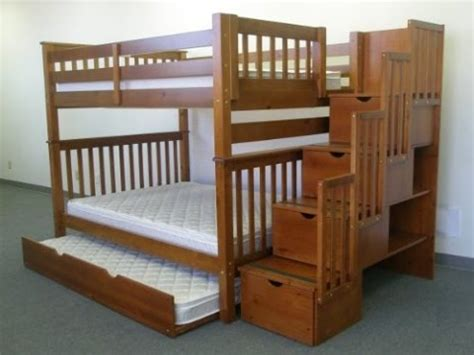 Bunk Bed With Trundle Plans by Bedkings With Trundle And Stairway