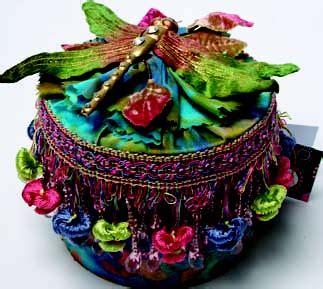 Batik Sarimbit Cp 33 boudoir batik box from c t publishing favecrafts
