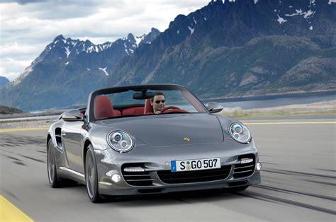 2009 porsche 911 turbo horsepower porsche unveils facelifted 2010 911 turbo packing 500