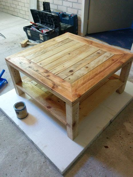 diy pallet coffee table 187 the merrythought 17 best images about diy pallet projects on pinterest