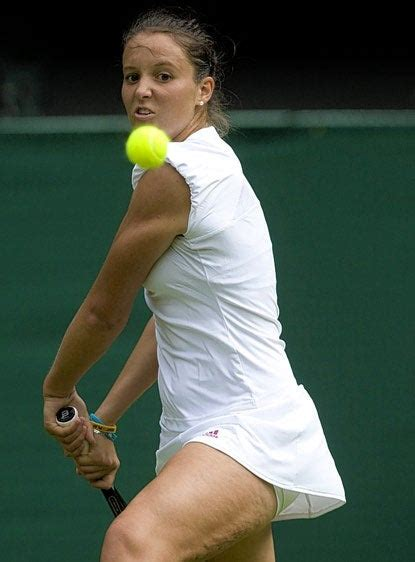 bbc tennis commentator    laura robson