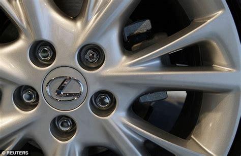 lexus brake problems toyota recall 1 75m cars including lexus brake