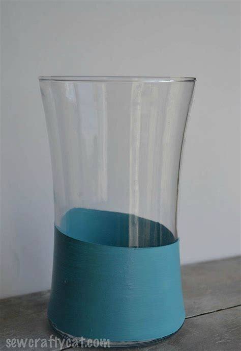 Inexpensive Glass Vases by Transform Cheap Glass Vases With These 17 Stunning Ideas