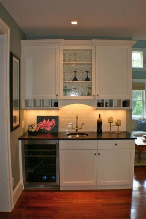 basement kitchen ideas small 1000 ideas about basement kitchenette on