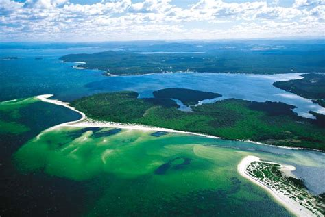 boat mooring port stephens guide to boating fishing and accommodation in port
