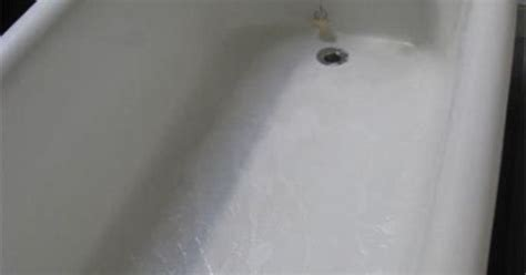 clean   porcelain enamel bathtub  sink apartment therapy tutorials remove rust