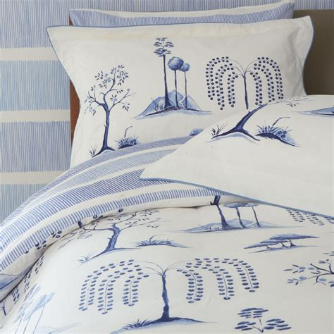 blue toile bedding willow tree blue toile bedding by sanderson at bedeck 1951