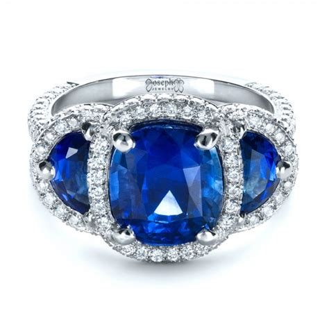 custom and blue sapphire engagement ring 1405