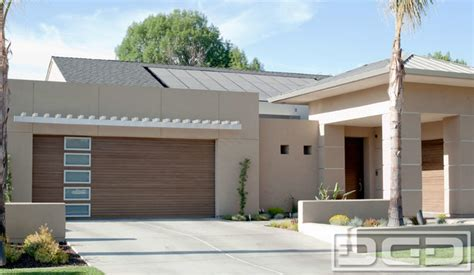 modern garage doors built for a custom home in visalia ca