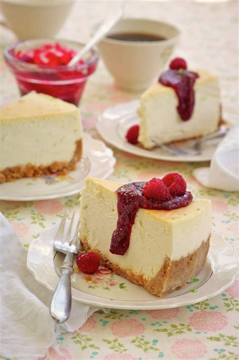 key lime pound cake with raspberry sauce bake aholic 364 best trisha yearwood recipes images on cooking food grilling and rezepte