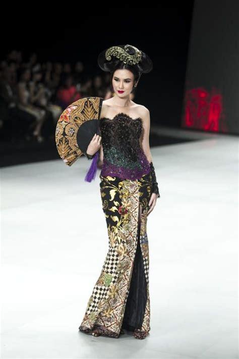 irfan gunawan collection 44 best images about kebaya fashion style on pinterest