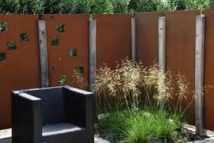 eisenplatten garten sichtschutz in vielfachen variationen www dergartenbau ch