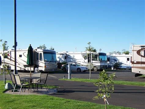 RV Sites   Orangeland RV Park