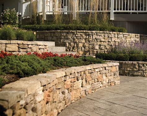 Belvedere Retaining Wall And Decorative Stone Decorative Brick Walls Garden