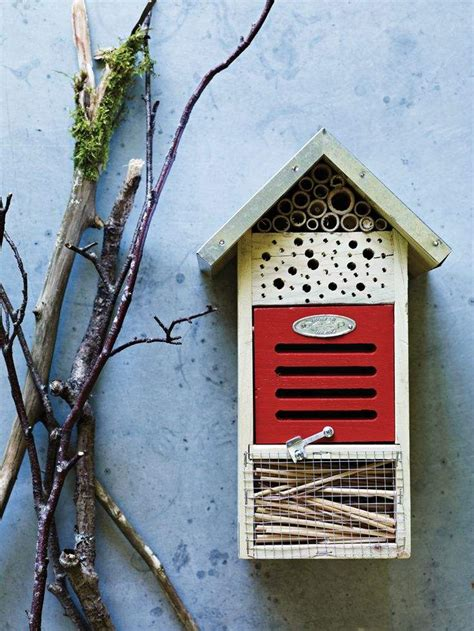 inspirations  insect hotels  gardens