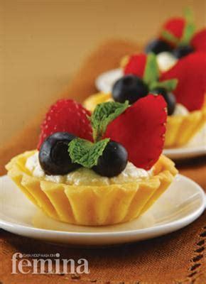 Salad Buah Segar Ukuran Mini pie buah berry