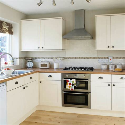 cream shaker kitchen ideas be inspired by this simple shaker kitchen makeover ideal