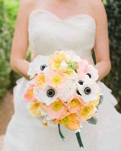 couple explains story behind wedding bouquet photo that 1000 images about spring wedding bouquets on pinterest