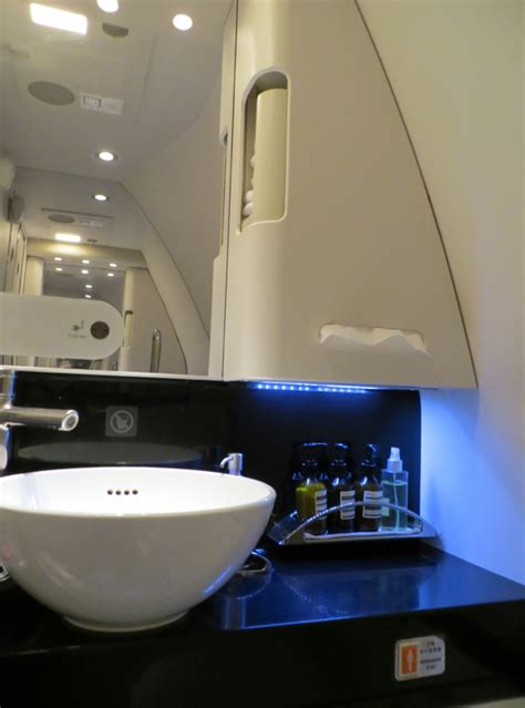 The Bathroom Nyc Hours Cathay Pacific Class Nyc Jfk To Vancouver Yvr