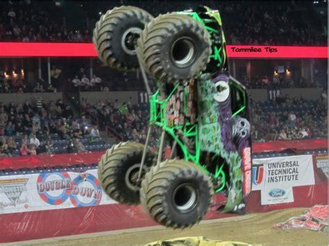 the original grave digger monster truck 43 best images about monster jam galore on pinterest