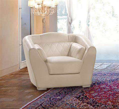 poltrone classiche prezzi poltrone in pelle classiche di danti divani